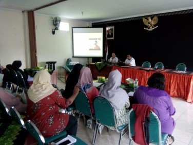 """Google Indonesia Ajak UMK Tegalrejo """"Melek"""" Digitalisasi Usaha melalui Gapura Digital"""